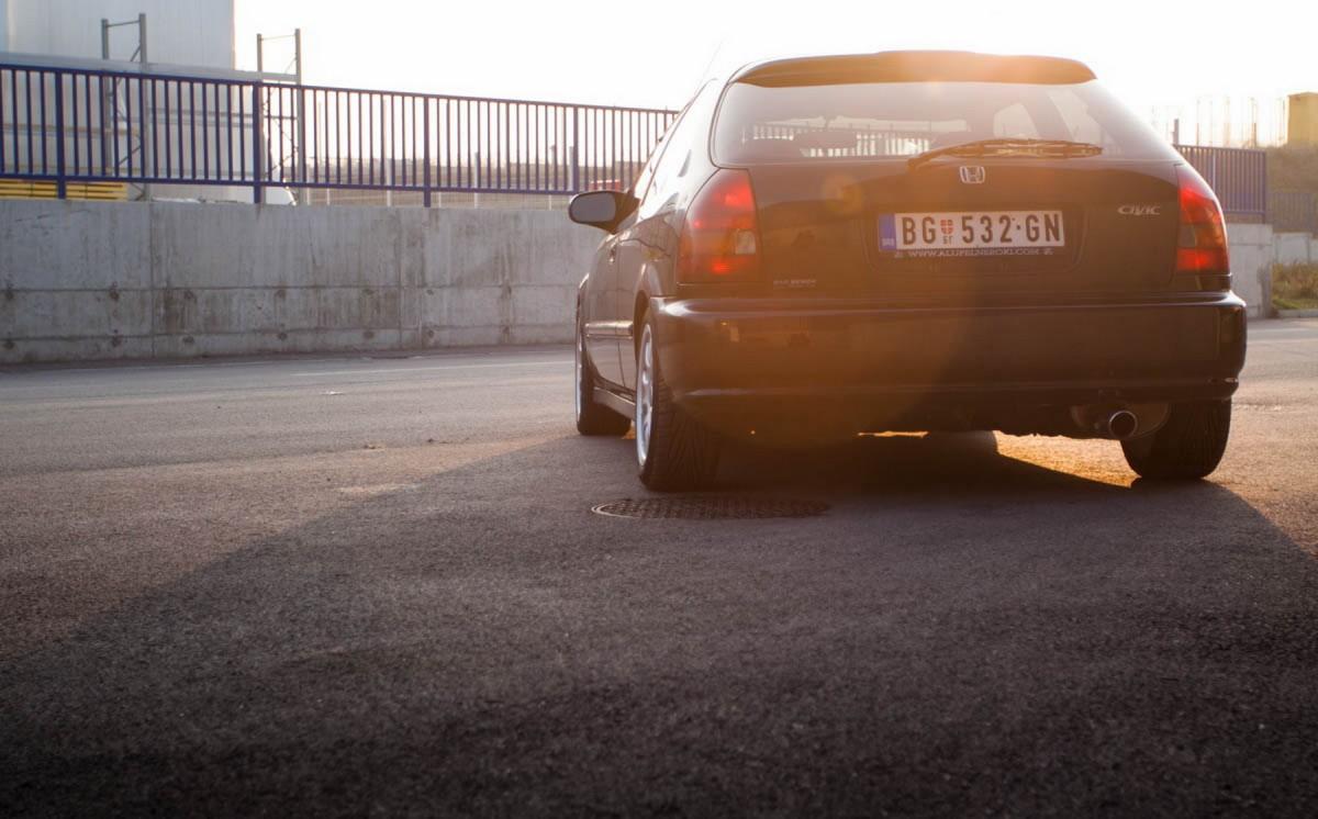 Honda_Civic_EJ_kabe_381